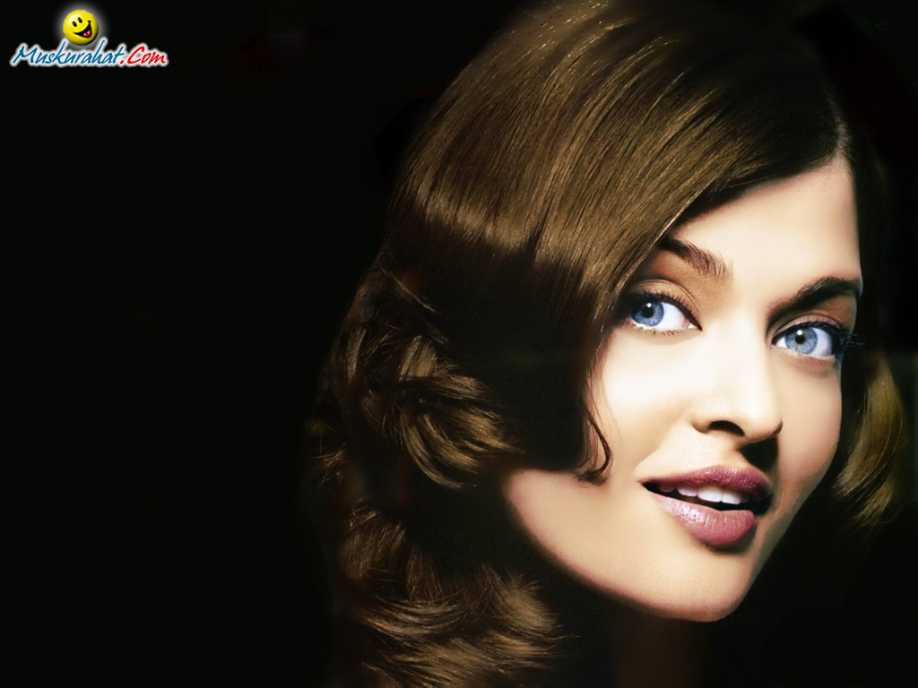 http://www.muskurahat.us/content/celebrities/aishwarya-rai/wallpapers/1024x768/wallpaper_01.jpg